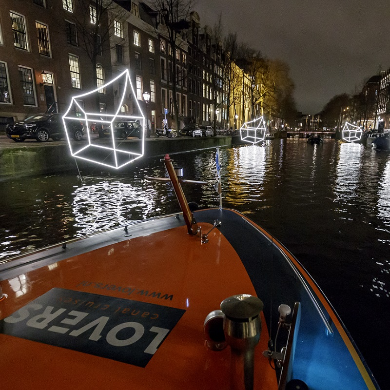 Amsterdam_Light_Festival_rondvaart_Lovers_2.jpg
